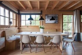 Ultra-Modern Log Cabin
