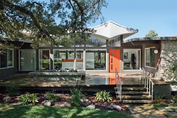 midcentury-austin-home-exterior.jpg