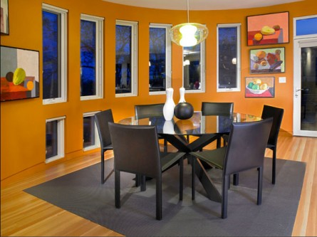 A Bright Modern Dining Room