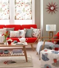 Floral Design in Retro Living Room