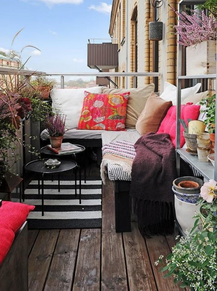Small Balcony, Lots of Style for Spring & Summer
