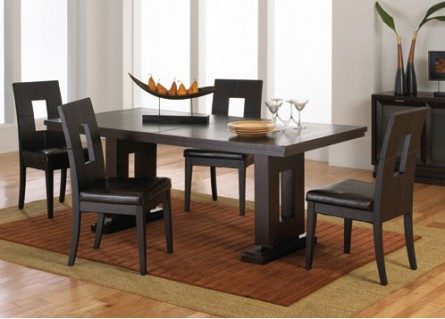 Entertaining Essentials – The Dining Table