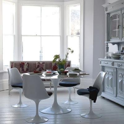 The Saarinen Tulip Table