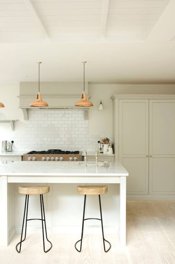 Eat-in kitchen inspo.