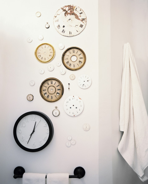 Get the look : clock installation