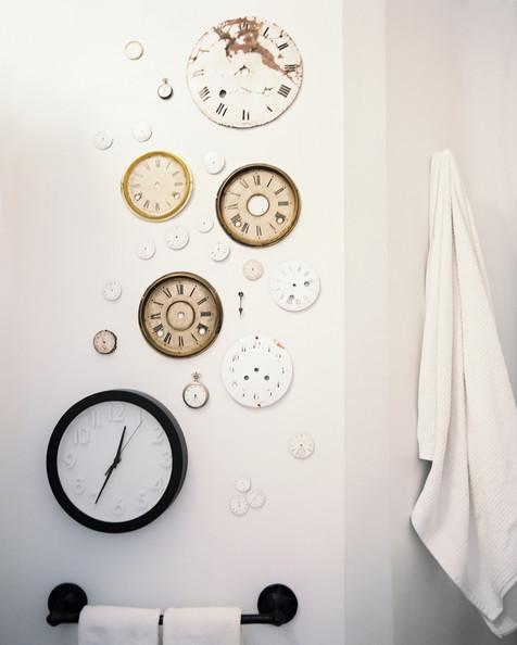 Get the look : clock installation