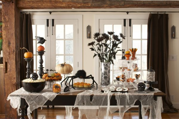 3 Easy Halloween Decorating Tricks