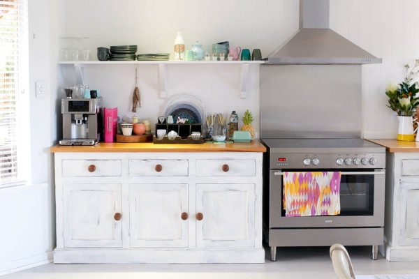 3 Spots in Your Kitchen That Need Cleaning