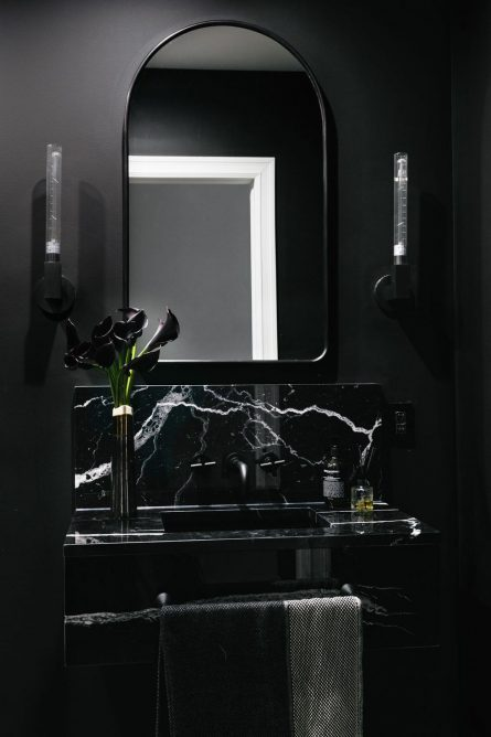 Back to Black, the 2019 Home Decor Trend to Watch