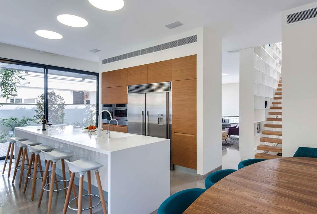 Get the look : sleek kitchen