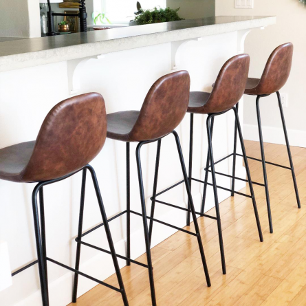 Kitchen Wars: Counter Stools vs Bar Stools